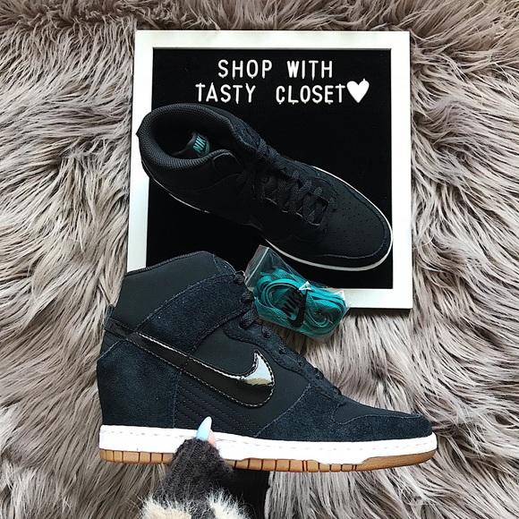 Nike dunk sky hi essential sneakers af7f429c3e11